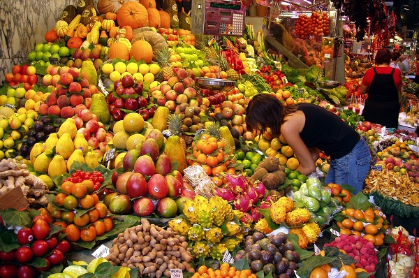 market stall fruit and vegetables