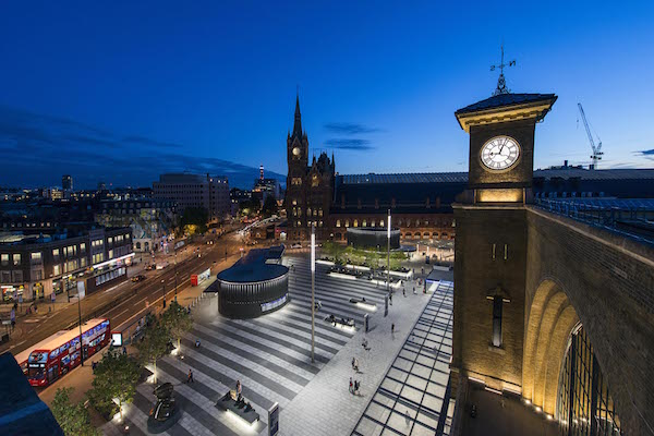 image of kings cross station London at night