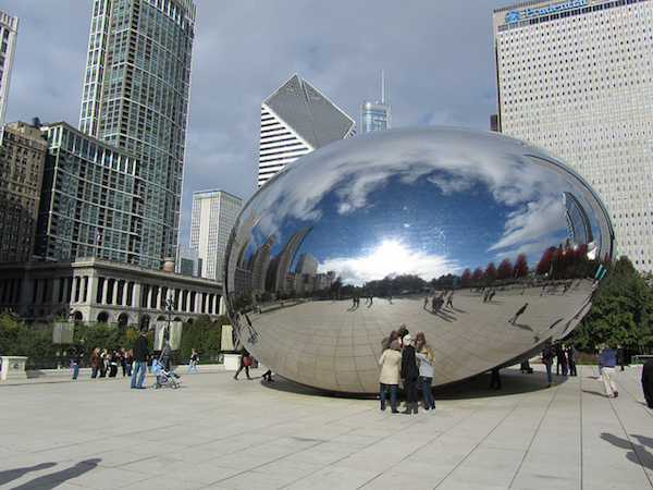 anish kapoors bean sculpture in chicago